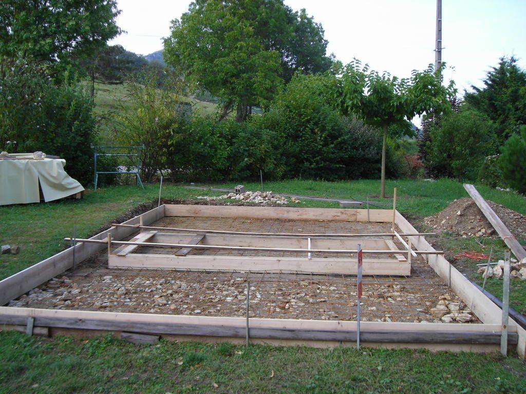 Un coffrage avec des planches de cm pour une hauteur de for Piscine hors sol sans dalle beton