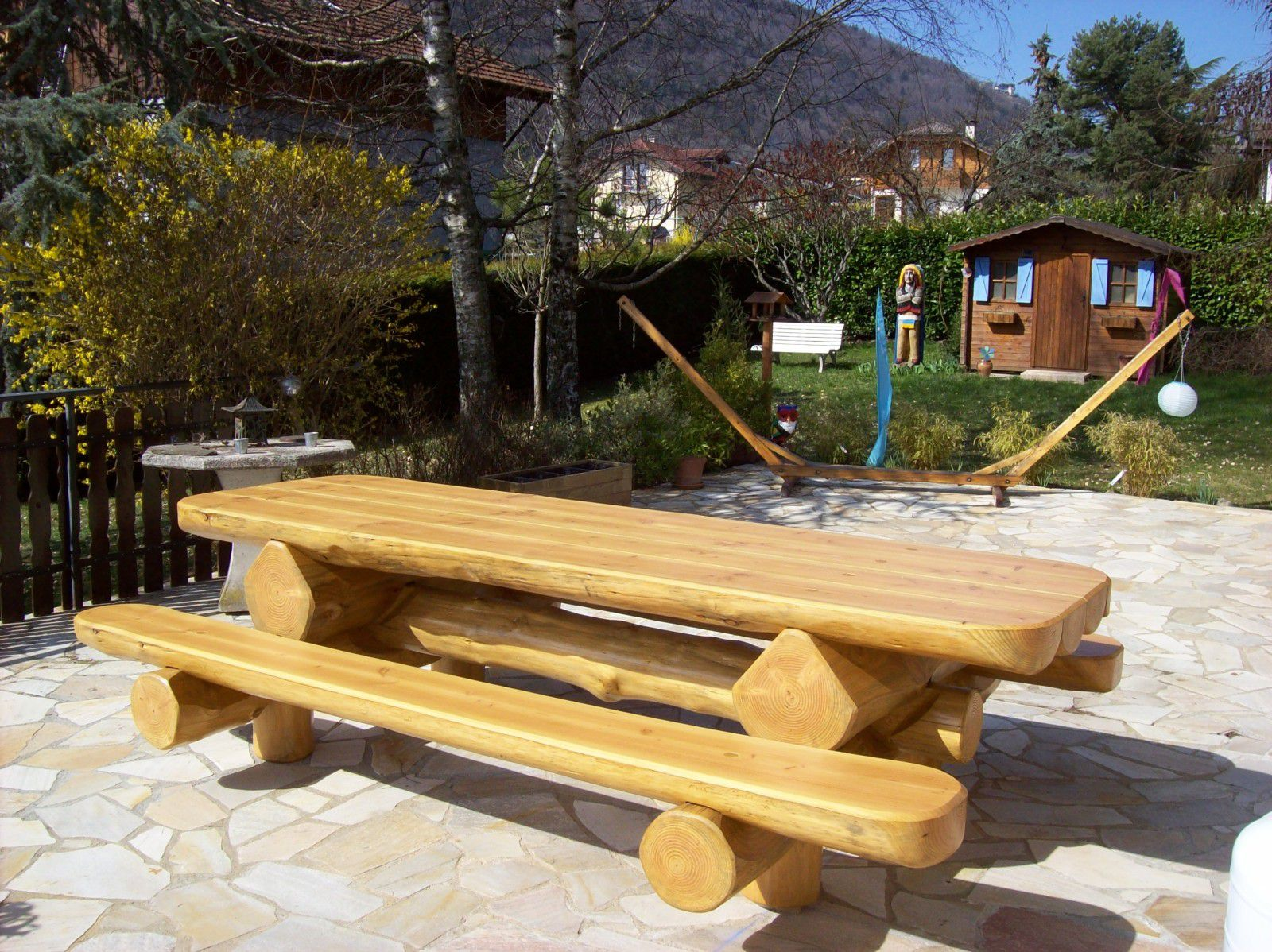 Table De Jardin En Bois Imputrescible | Table De Jardin Pliante ...