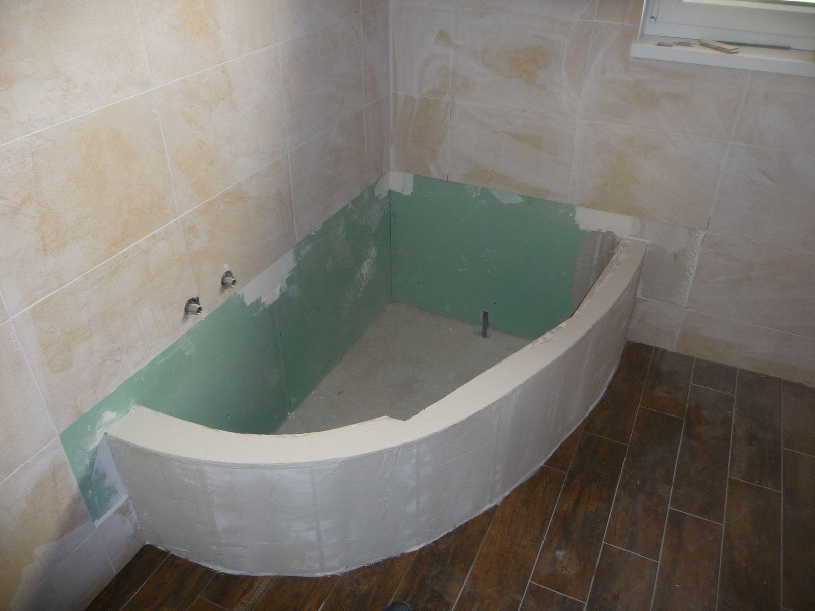 Fabriquer tablier baignoire innovant tablier baignoire for Carreler une salle de bain avec baignoire