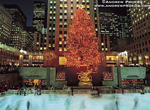 rockefeller-center-skaters-tree.jpg