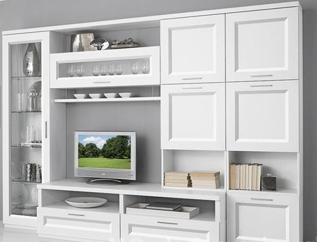 Guardaroba, cassettiere, mobili per il soggiorno, scaffali, appendiabiti, scatole e contenitori. Soggiorno Bianco Con Ante E Vetrine Pamela Di Mondo Convenienza Notizie In Vetrina