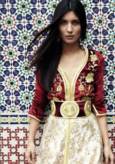 Top 5 Reasons Why You Should Date Moroccan Women