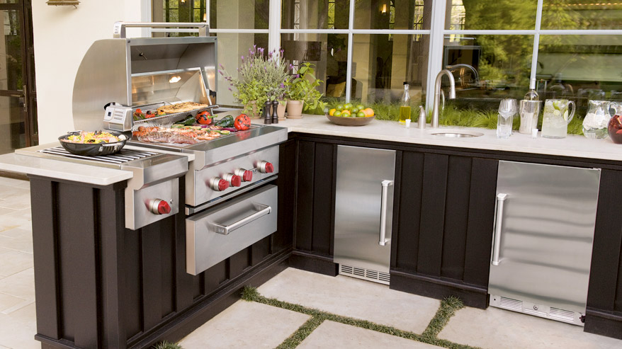 Five Components of an Ideal Outdoor Kitchen  Interior