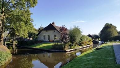 tips menikmati liburan akhir pekan di desa wisata : Giethoorn Belanda