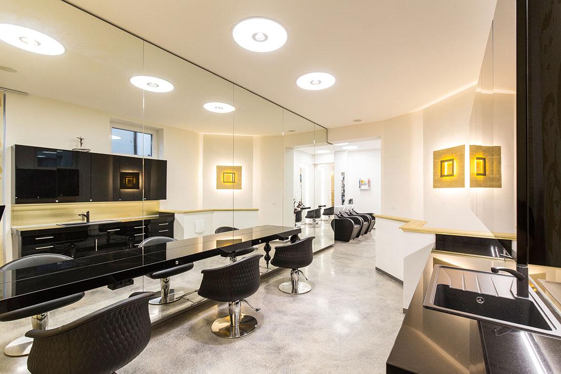 Friseureinrichtung, Friseurbedarf, Bedienplatz, Friseur Waschbecken, Presence Paris Friseurstuhl Mimi