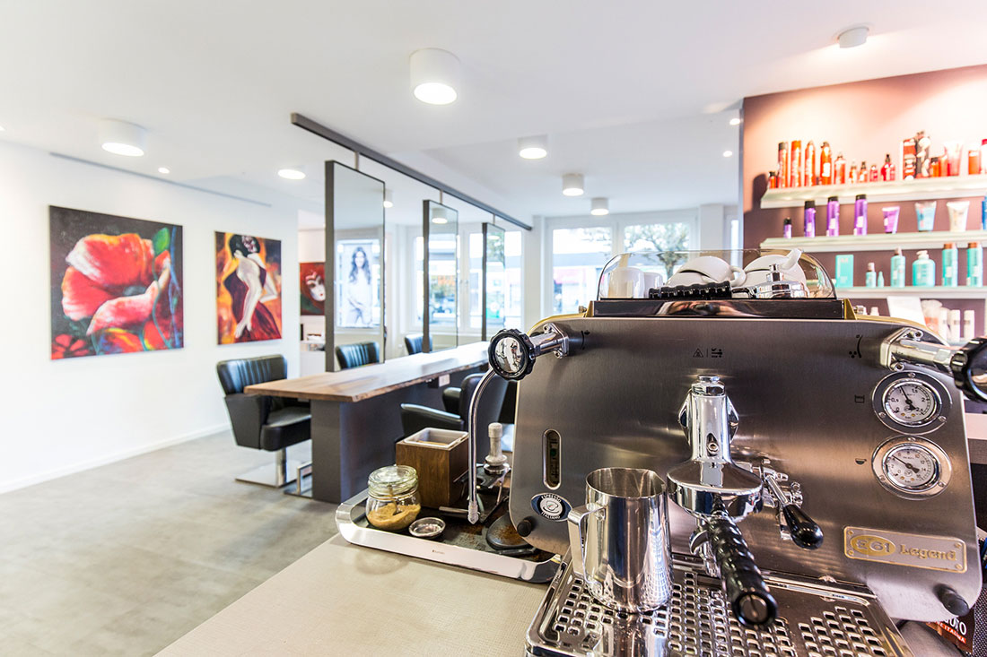 Friseureinrichtung, Friseurbedarf, Friseurspiegel, Friseurstuhl, Bedienplatz, Faema E61 Legend