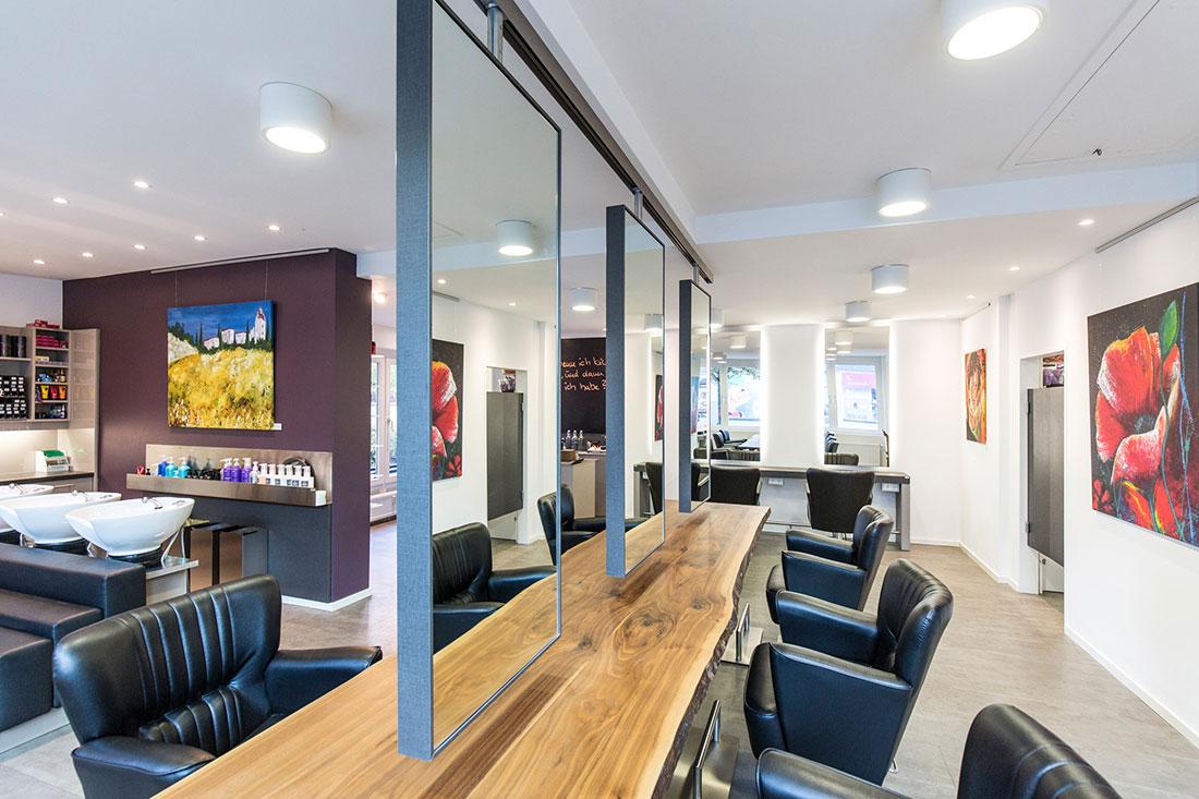 Friseureinrichtung, Friseurbedarf, Rückwärtswaschbecken, Friseurspiegel, Friseurstuhl, Bedienplatz, Friseur Rezeption