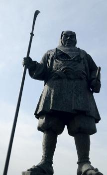 武蔵坊弁慶の像