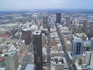 English: Johannesburg from the top of the Carl...