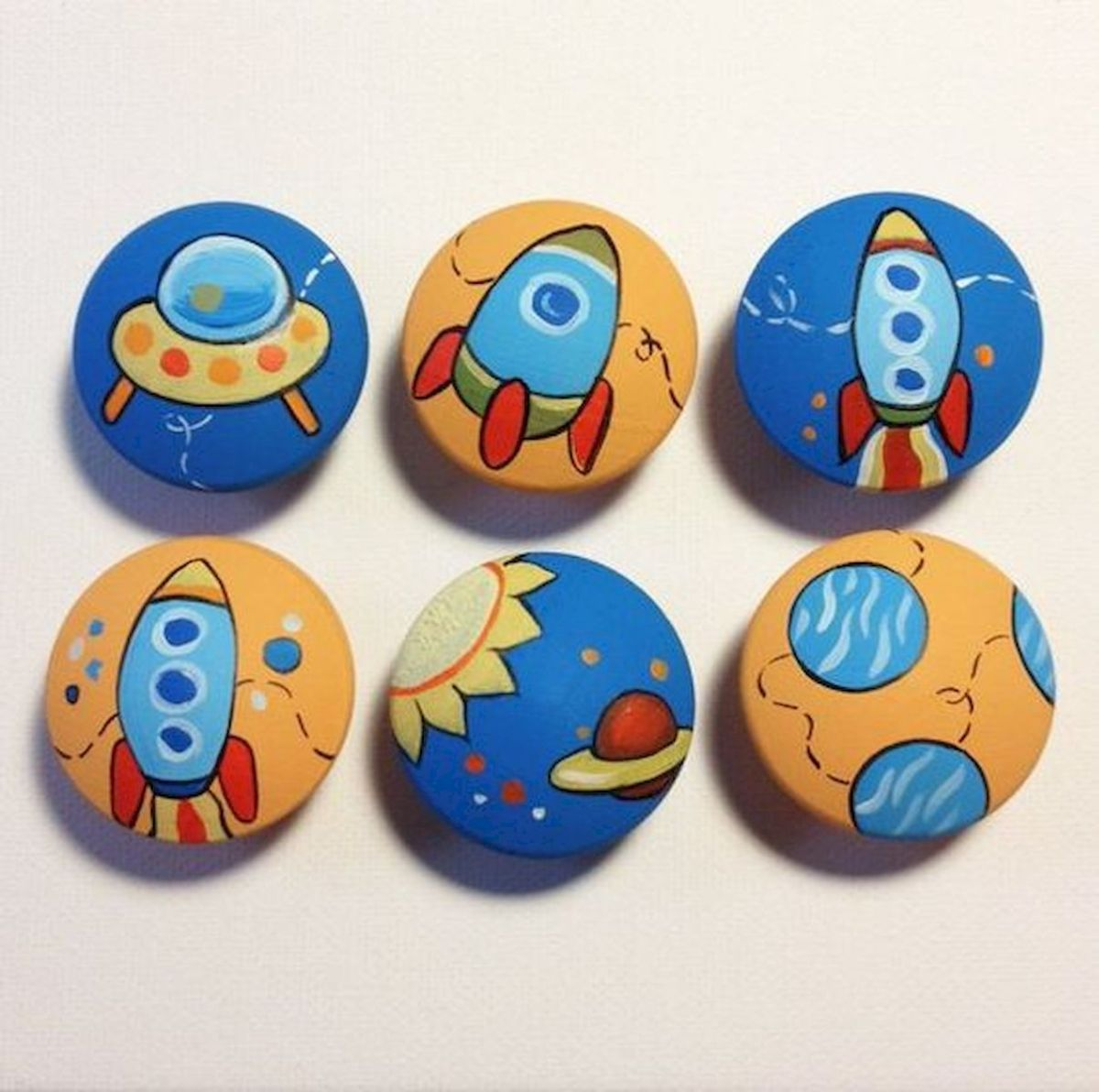 52 Best DIY Painted Rocks Remodel Ideas Perfect For Beginners (56)