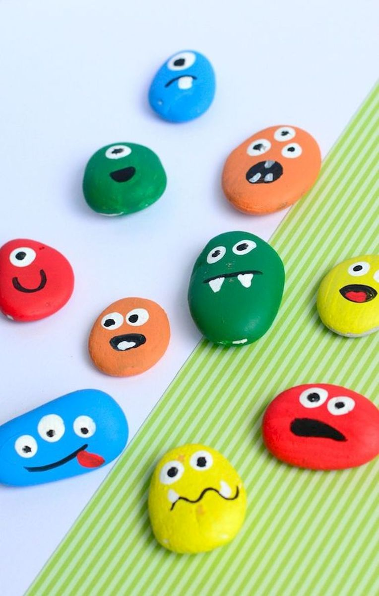 52 Best DIY Painted Rocks Remodel Ideas Perfect For Beginners (76)