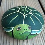 52 Best DIY Painted Rocks Remodel Ideas Perfect For Beginners (84)