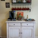 60 Best Mini Coffee Bar Ideas for Your Home (26)