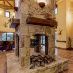 63 Best Log Cabin Homes Fireplace (27)