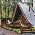 66 Best Small Log Cabin Homes (21)
