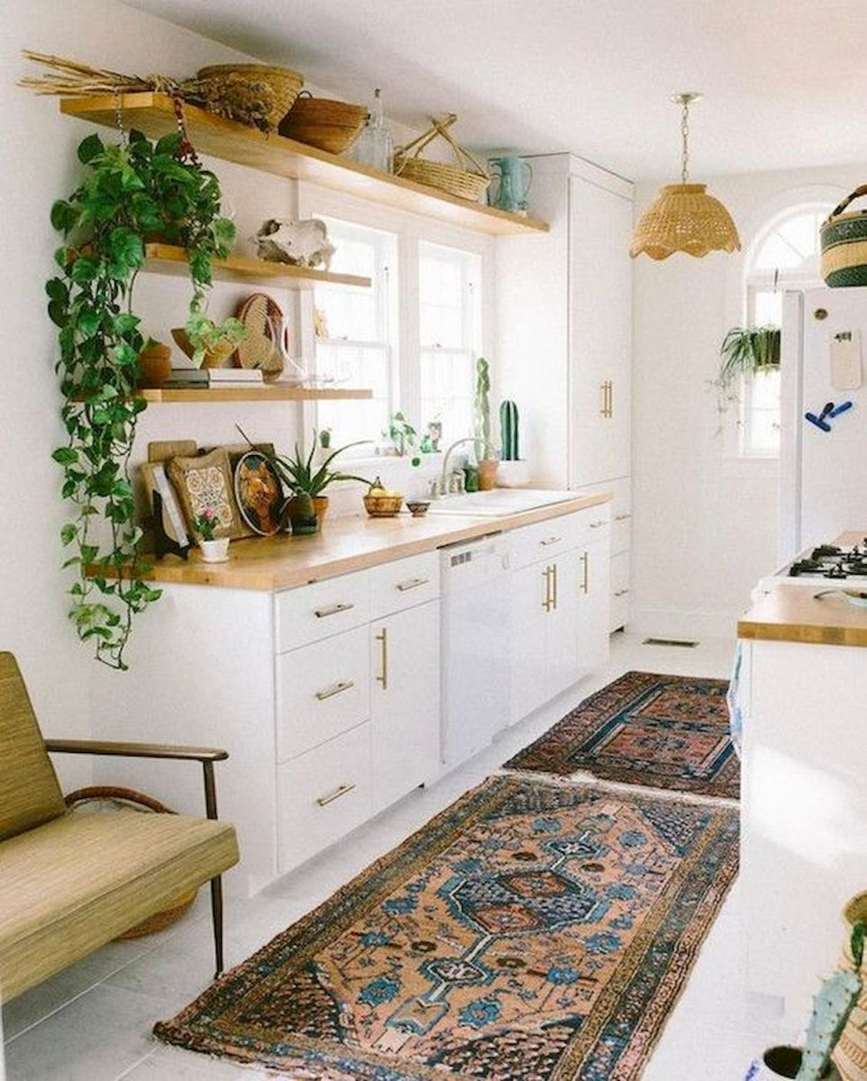 90 Beautiful Small Kitchen Design Ideas (27)