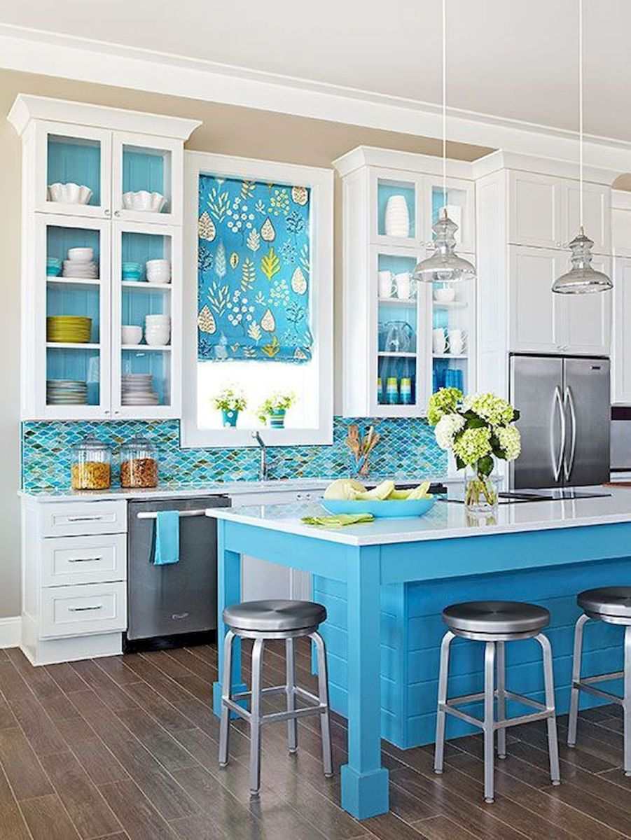90 Beautiful Small Kitchen Design Ideas (53)