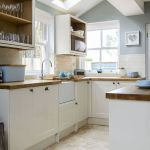 90 Beautiful Small Kitchen Design Ideas (60)