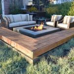 57 Awesome Backyard Fire Pit Ideas (25)