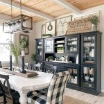 51 Farmhouse Wall Decor Ideas for Dinning Room (13)