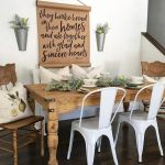 51 Farmhouse Wall Decor Ideas for Dinning Room (29)