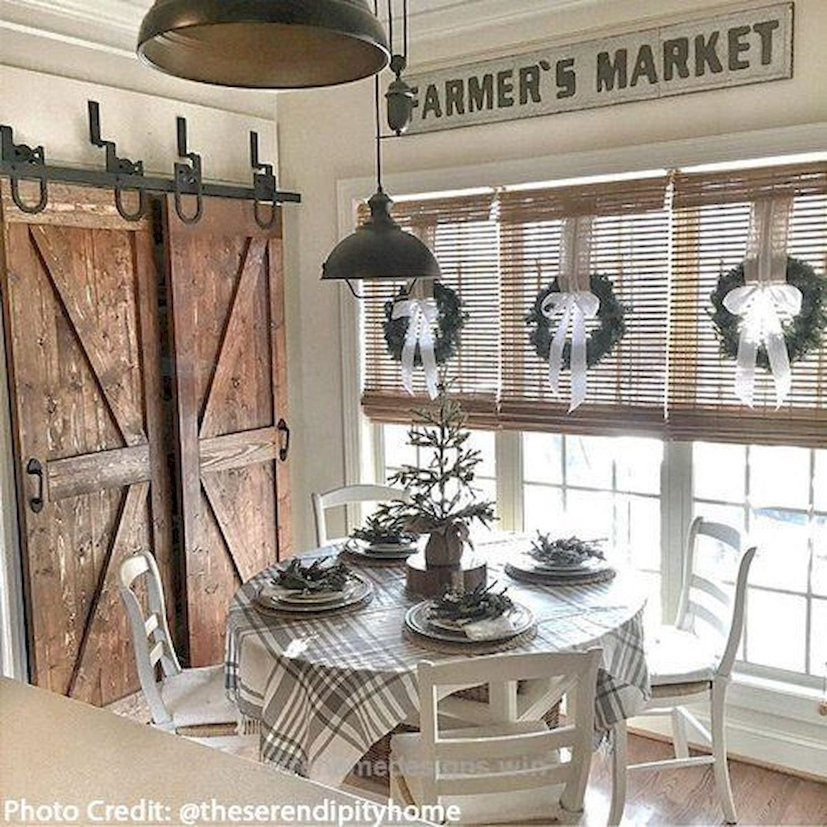 51 Farmhouse Wall Decor Ideas for Dinning Room (40)