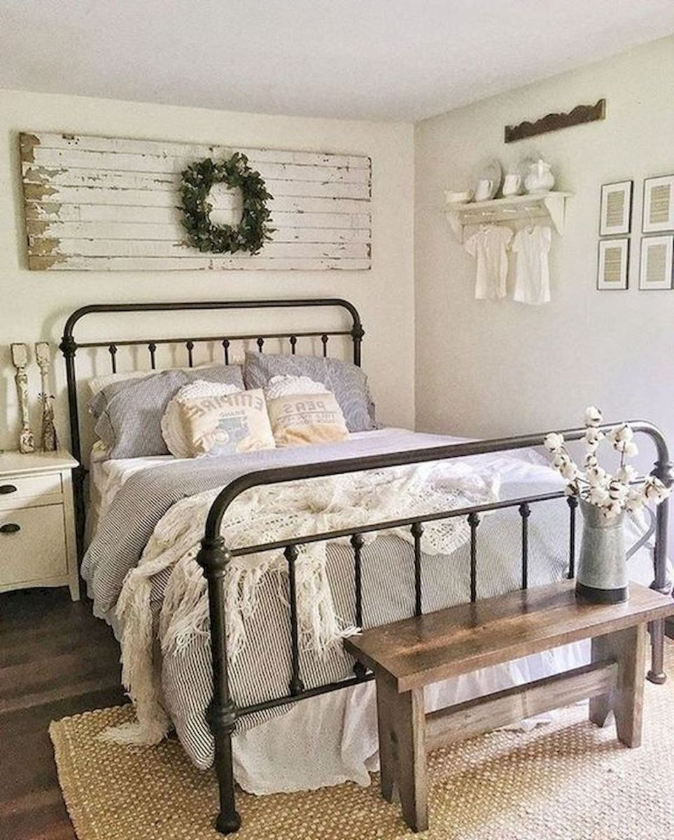 53 Farmhouse Wall Decor Ideas for bedroom (16)
