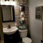 59 Best Farmhouse Wall Decor Ideas for Bathroom (51)