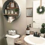 59 Best Farmhouse Wall Decor Ideas for Bathroom (9)
