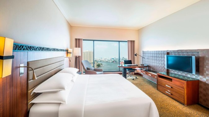 Deluxe, Guest room, River view @ THB 3900/Night