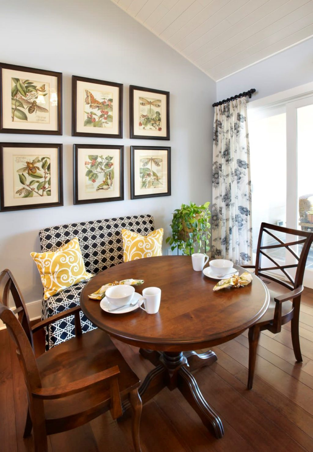 Piccola Sala Da Pranzo : Soluzioni sala da pranzo piccola arredi in stile jpg