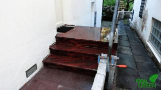 Treppe Front gewaschen 1