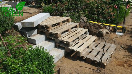 Treppe Granit Weg aus Granitplatten Aufbau 01