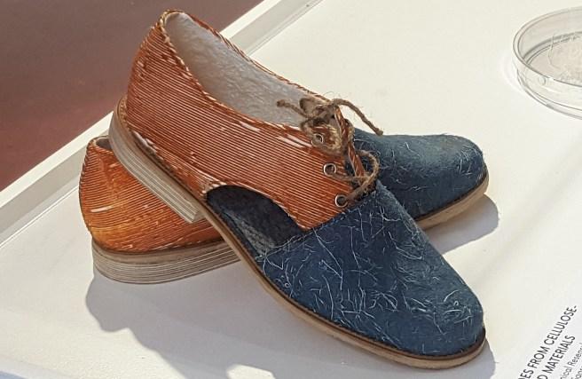 Cellulose-based material Shoe. Design Sanna Kinnunen.