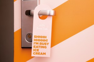 Klaus K & Valio Sweet Suite Do Not Disturb sign Image: Valio