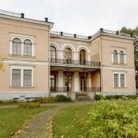 1920-luvun Helsinkiä Hakasalmen huvilalla