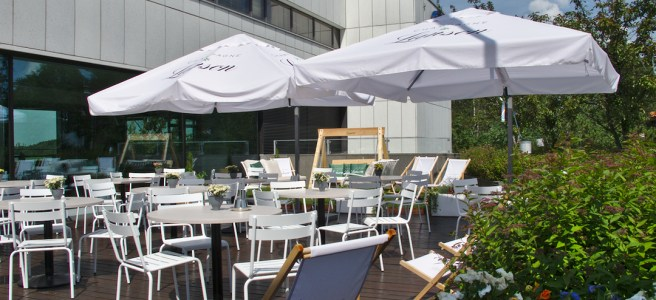 Restaurant Meritorppa terrace.