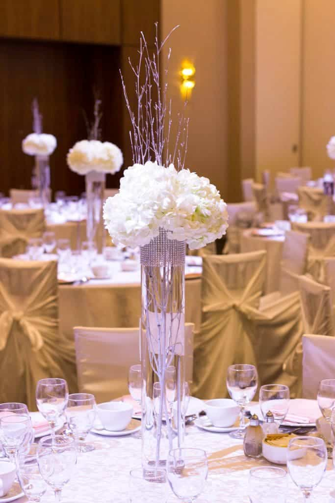 25 Stunning DIY Wedding Centerpieces To Make On A Budget