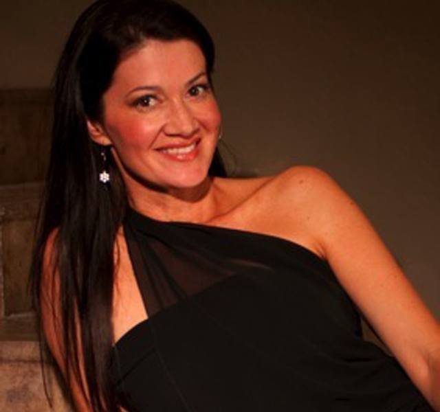 Robin Macy - Founder of Vin-T-Bikini®