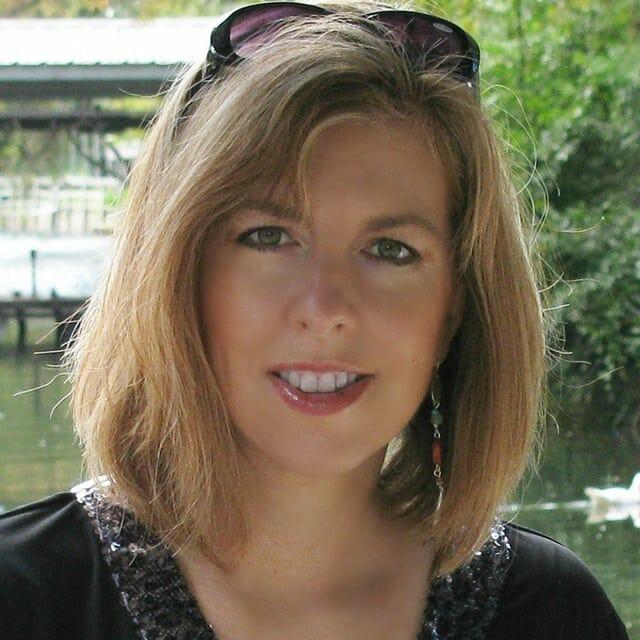 Darlene Farmer - Founder and President of Creative Carpet Design