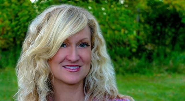 Natalie Bauss - Founder of Keeki Pure and Simple