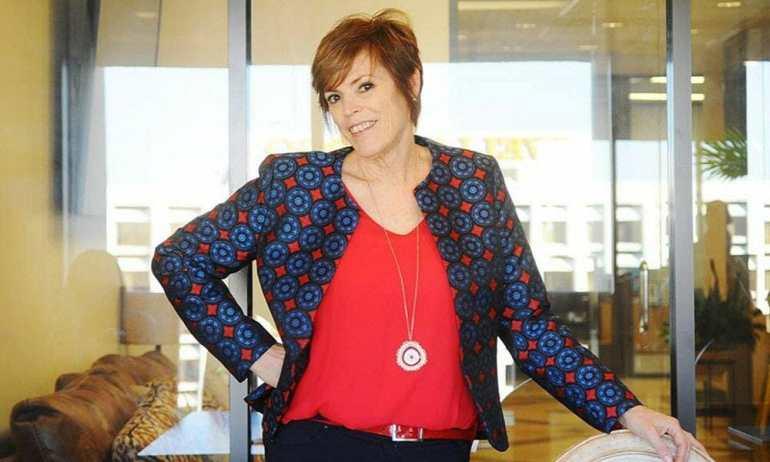 Elizabeth Pudwill - President of I Know Somebody Houston