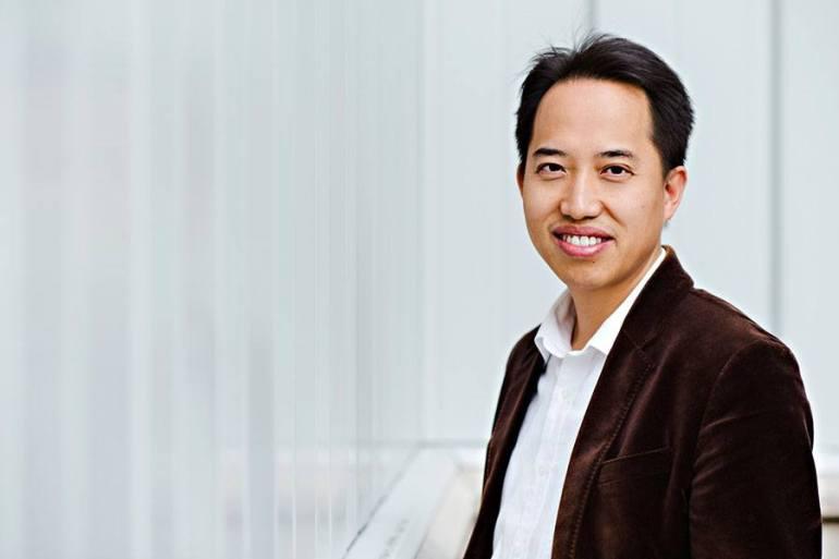 Dr. Zhongwei Chen - Professor & Canada Research Chair