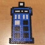 Tardis de la serie de dr Who con Hama beads
