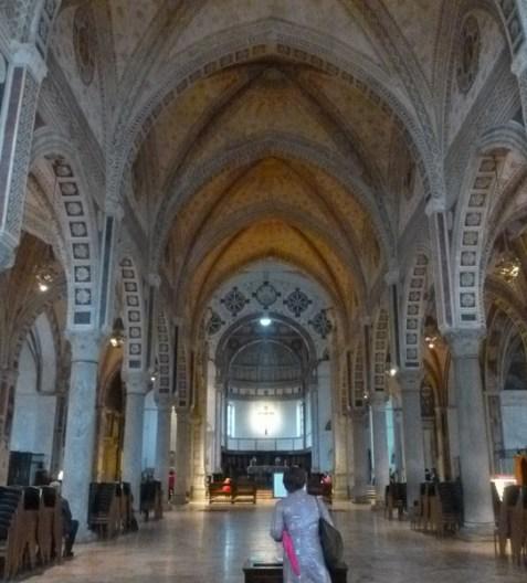 Santa Maria delle Grazie - Interior