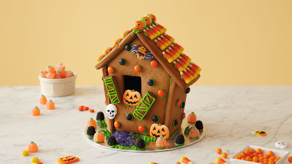 Halloween Gingerbread Houses Hallmark Ideas & Inspiration
