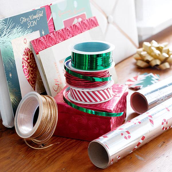 how to wrap christmas