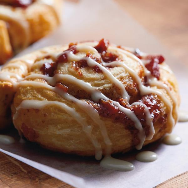 15Minute Bacon Cinnamon Rolls  Hallmark Ideas  Inspiration