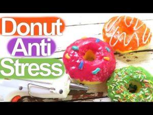 (English) DIY donut anti stress sacapuntas. DIY material escolar