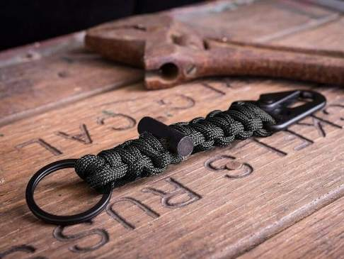 25 DIY Paracord Keychain Ideas With Instructions